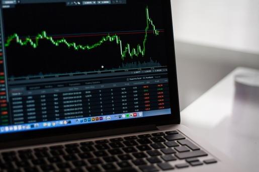 stock-market-2616931_960_720