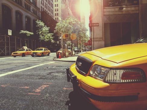 taxi-238478_960_720
